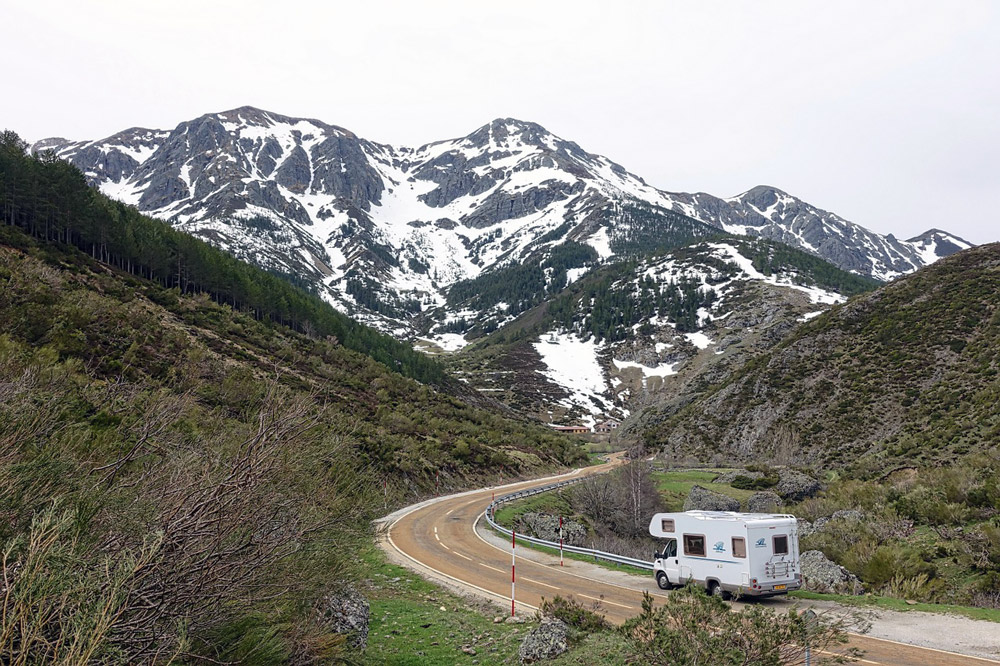 ¿Cuándo Escoger Bungalow o Autocaravana en campings?